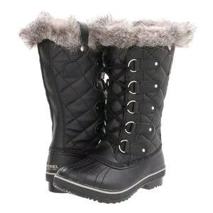SOREL Black Quilted Tofino Boot SZ US 6 NWOB